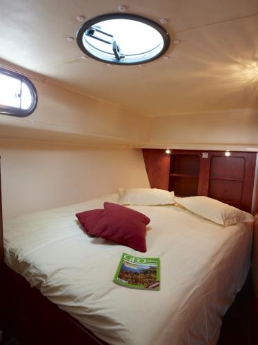 Nicols Estivale Octo cabine avant lits simples en lit double sireuil charente inter croisieres