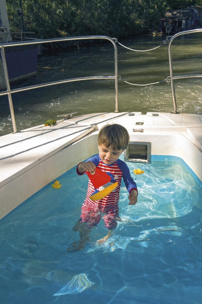 piscinette nicols1 charente sireuil intercroisieres.jpg
