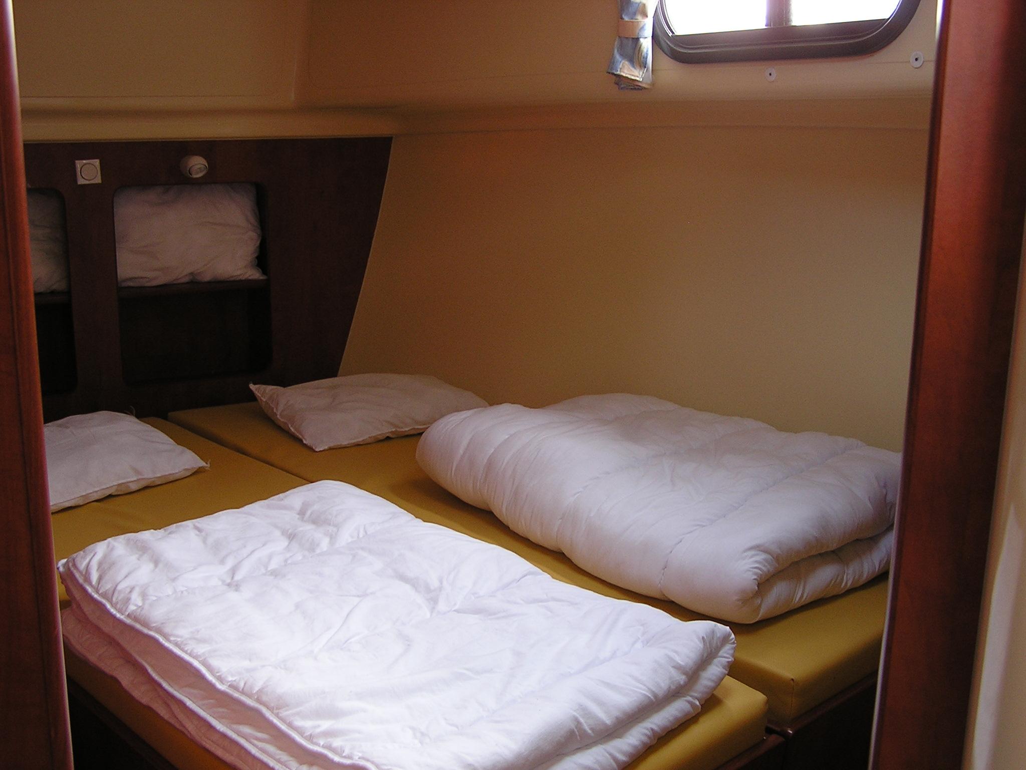 Nicols Estivale QUATTRO chambre lits simples transforme en double sireuil charente inter croisieres