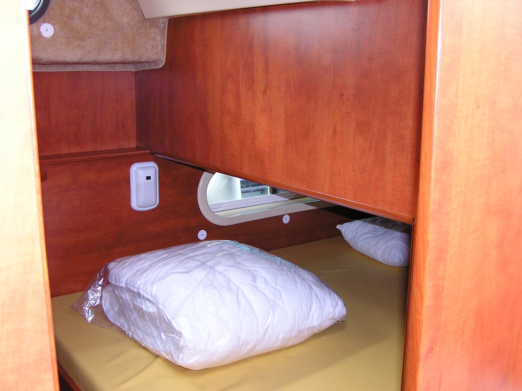 Nicols Sedan 1160 chambre sous pilotage Sireuil Charente Intercroisieres