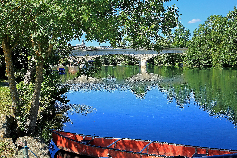 pont saint simeux canoe charente paisible charente en croisiere inter croisieres sireuil nicols.jpg